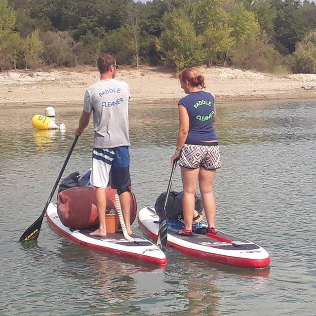 Paddle cleaner - ramassage de déchets sur le lac de Saint Cassien